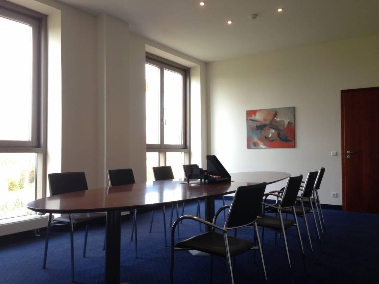 Gut_Haeusern_kleiner_Konferenzraum.jpg