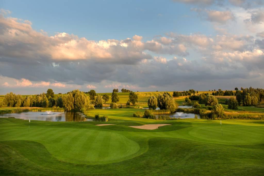 Bilder Mit Häusern golfpark gut häusern golfanlagen münchner golf eschenried golf