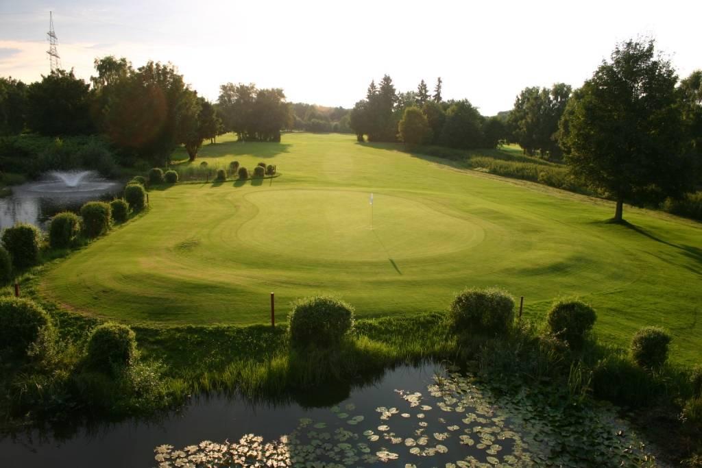 München Golfclub Eschenried Golfplatz Eschenhof 18-1 k