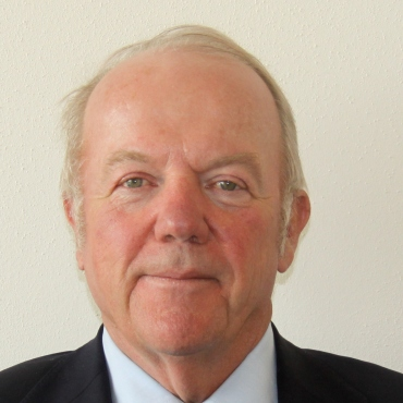 Dr. Peter Paul Moll